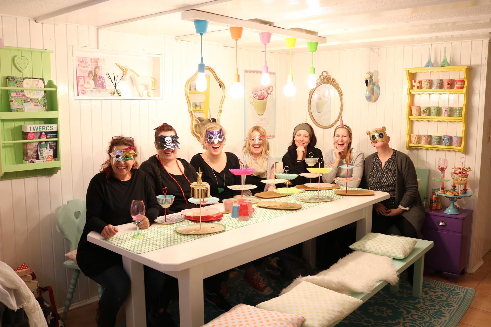 Hochstaplerworkshop mit Rice Melamingeschirr bei Kitschdeluxe